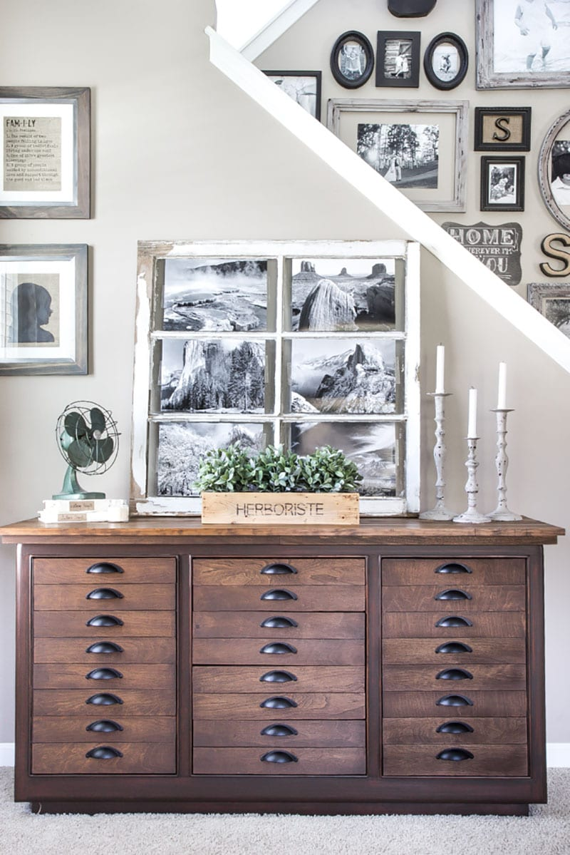 Pottery Barn Worthy Farmhouse Thrift Store Makeovers that will totally amaze and inspire you. A plethora of ideas, tips and techniques to achieve that incredible PB look!