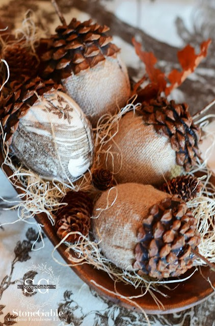 These DIY burlap toil acorns make for great centerpieces.