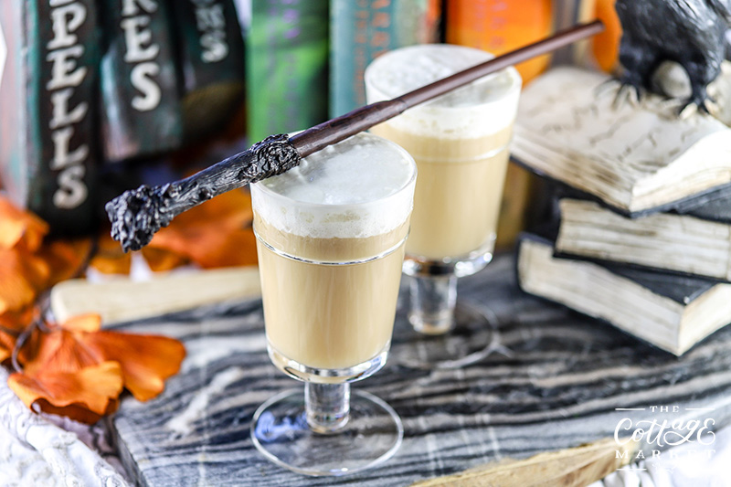 No Adult Halloween Party would be complete without this amazing Harry Potter Butterbeer Cocktail! You are soooooo going to love this yummy delight!