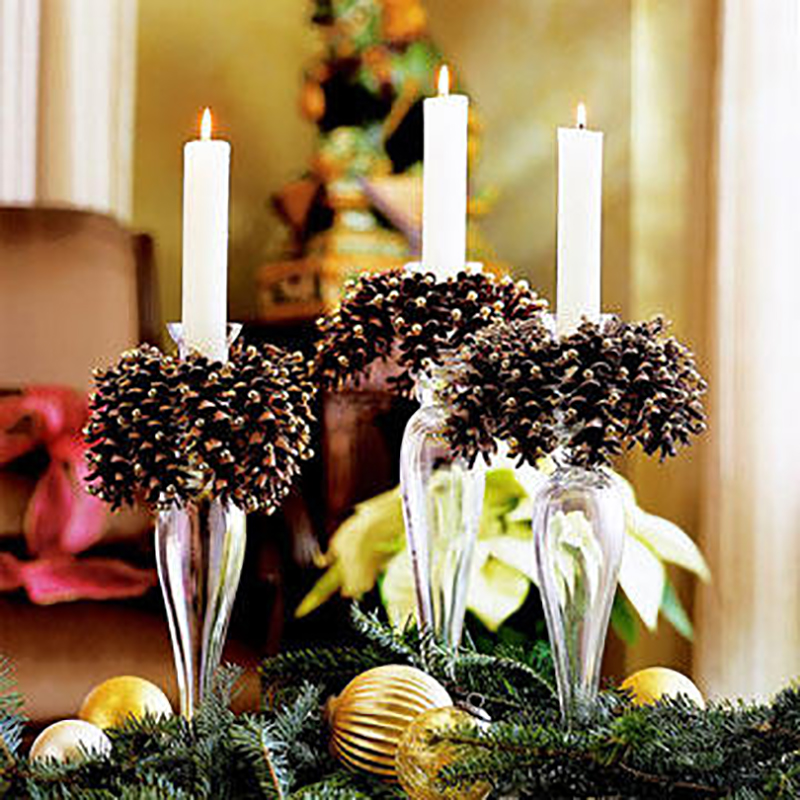 Farmhouse Pinecone DIY Ideas willl fill your home with the feeling of Winter and the Holidays! All of these projects are quick, easy and look amazing!