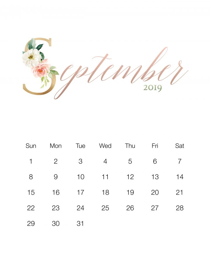 Come on in and snatch up your Pretty Floral Free Printable 2019 Calendar.  This one is simple yet oh so pretty ... sure hope you enjoy!