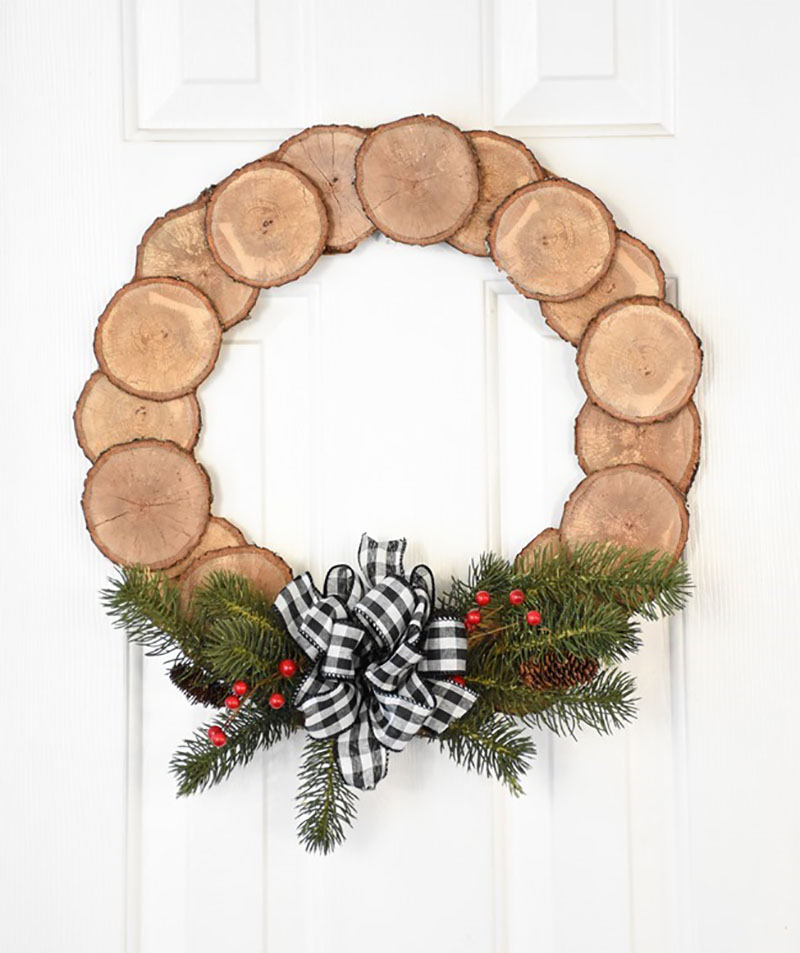 It's all about Fabulous & Charming DIY Farmhouse Winter Wreaths that will look absolutely amazing in your home. From Pinecones to Plaid!
