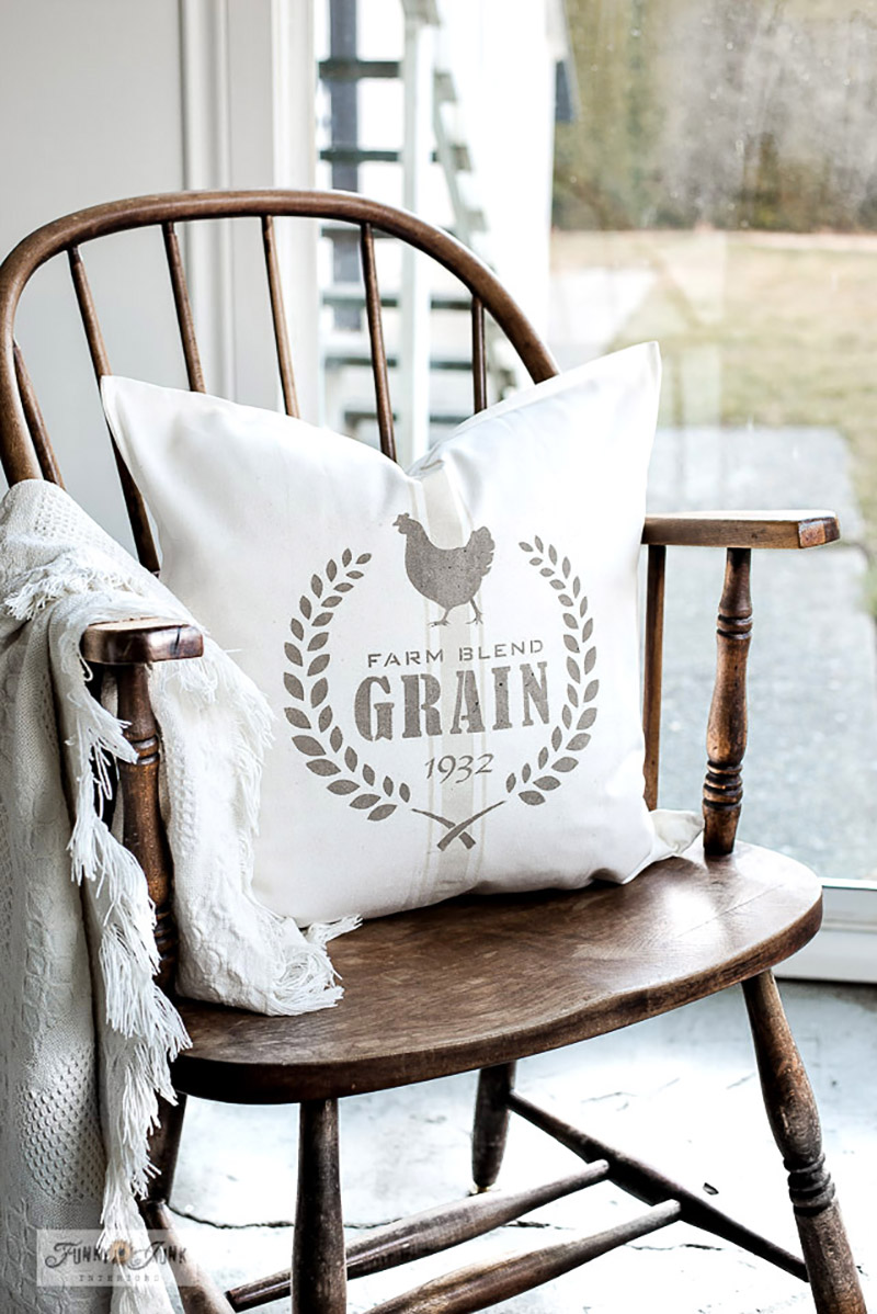 Fresh and Fabulous Farmhouse DIYS And Ideas are waiting for you over at The Cottage Market! We have all kinds of FRESH Off The Blog Press Projects & Ideas!