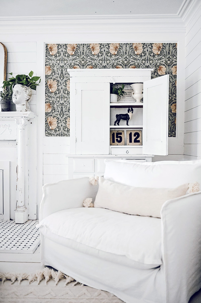 Fabulous and Fresh Farmhouse DIYS And Ideas are waiting to inspire you to create. All the newest happenings in the Farmhouse World in one place to enjoy!