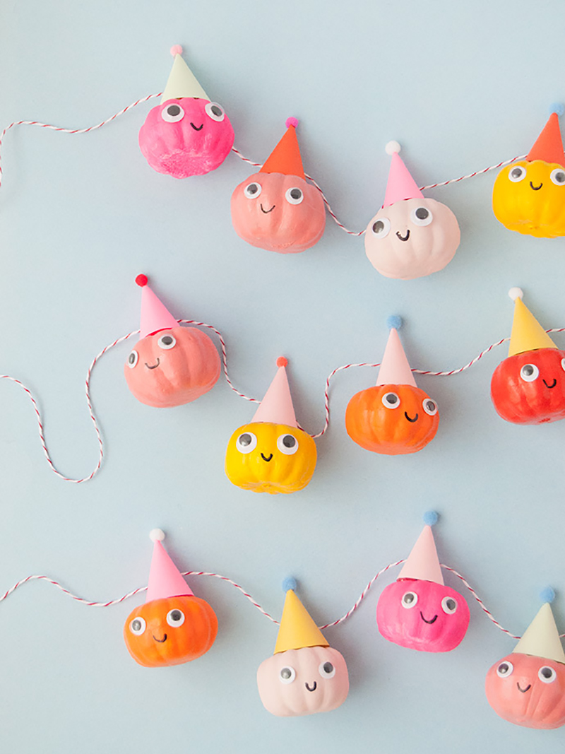 Time for some Fresh and Colorful Halloween Crafts To Make This Weekend. Come and check out some brand new Halloween crafts that are hot off the blog presses and a few more fresh colorful crafts!