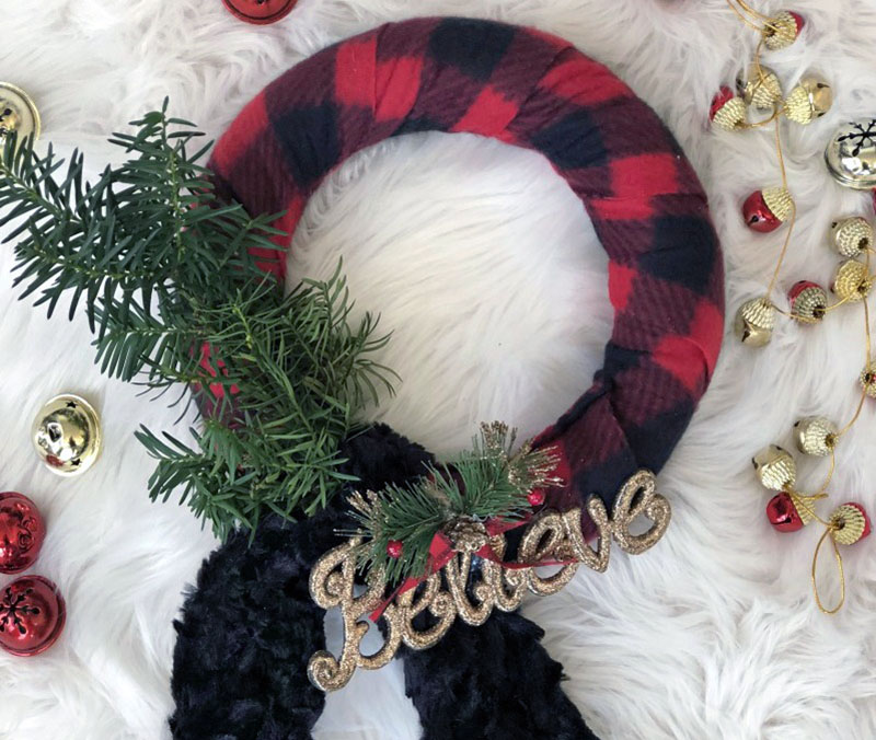 Come and explore this Amazing Collection of Christmas Dollar Store Hacks. There is a huge selection and we know there is one perfect for you and yours
