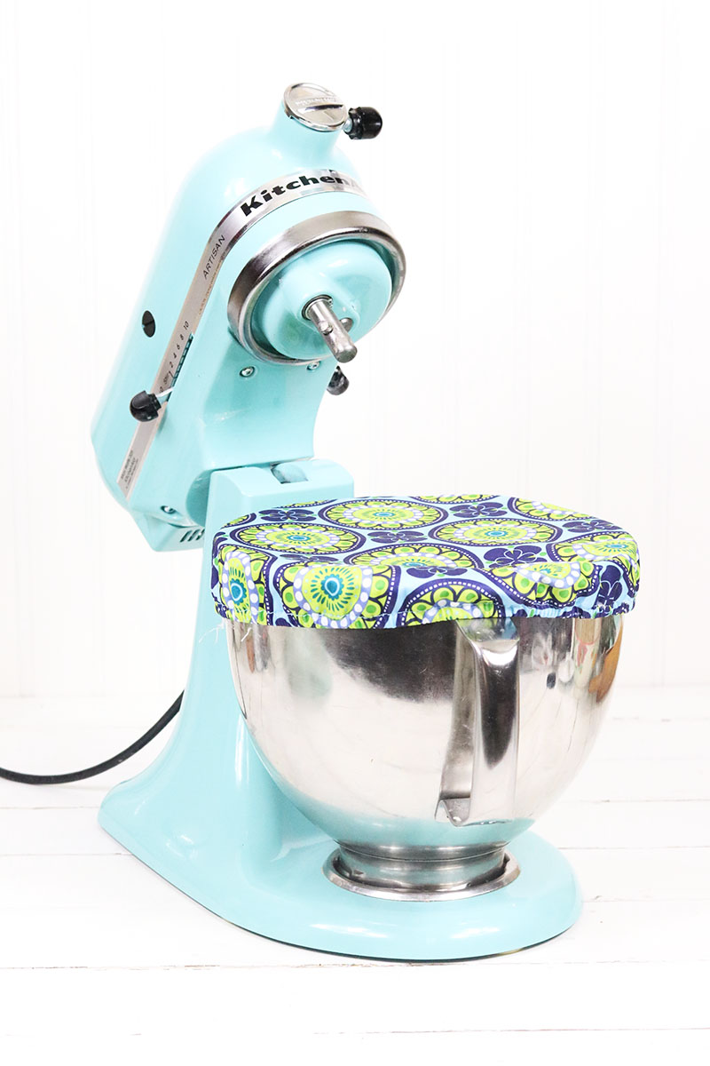 Today we have a fun collection of Must Try KitchenAid Hacks for you along with some other interesting tips and uses!