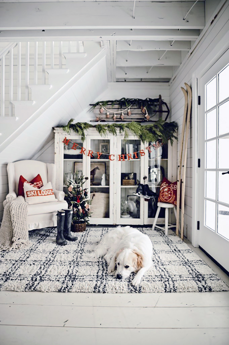 Fabulous and Fresh Holiday Farmhouse DIYS and Ideas are waiting to inspire you to create. All the newest happenings in the Farmhouse World all in one place to enjoy!