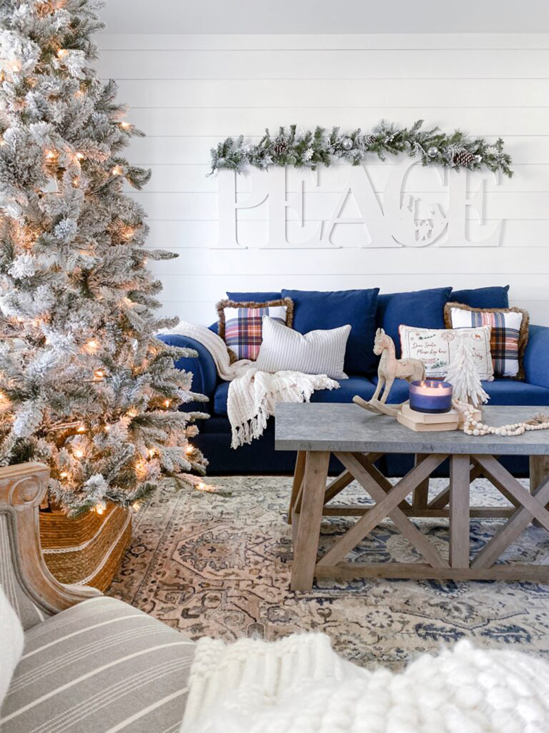 Fabulous and Fresh Farmhouse DIYS and Ideas are waiting to inspire you to create. All the newest happenings in the Farmhouse World all in one place
