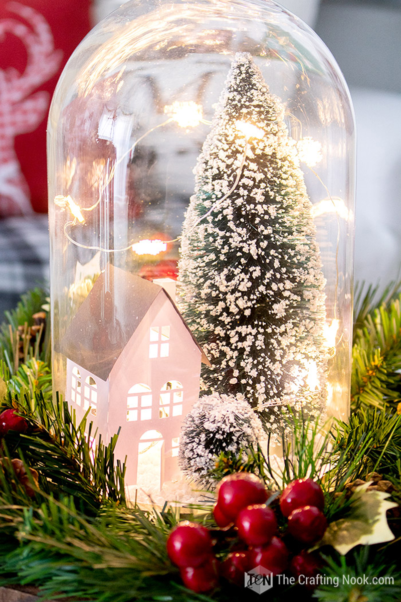 It's time for some Fresh and Fabulous DIY Holiday Crafts To Make Now. Come and check out some brand new Holiday and Christmas crafts that are hot off the presses!