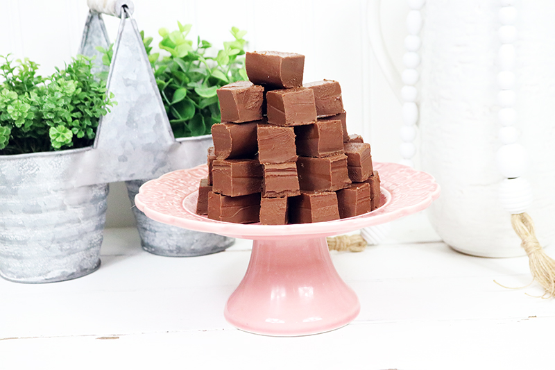 Five Minute Vegan Fudge 2 Ways is life changing!  You can literally make either one of these delicious creamy fudge recipes in 5 minutes! By the way... no one will ever know they are Vegan... they are that fabulous!