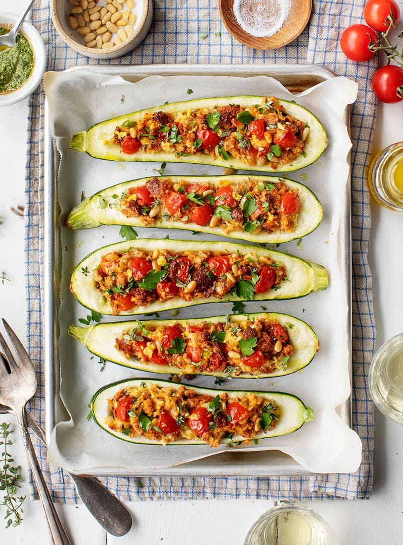 These 30 Minute Vegetarian Meal Ideas are about to make your Week and your Meatless Mondays quick, easy and delicious!