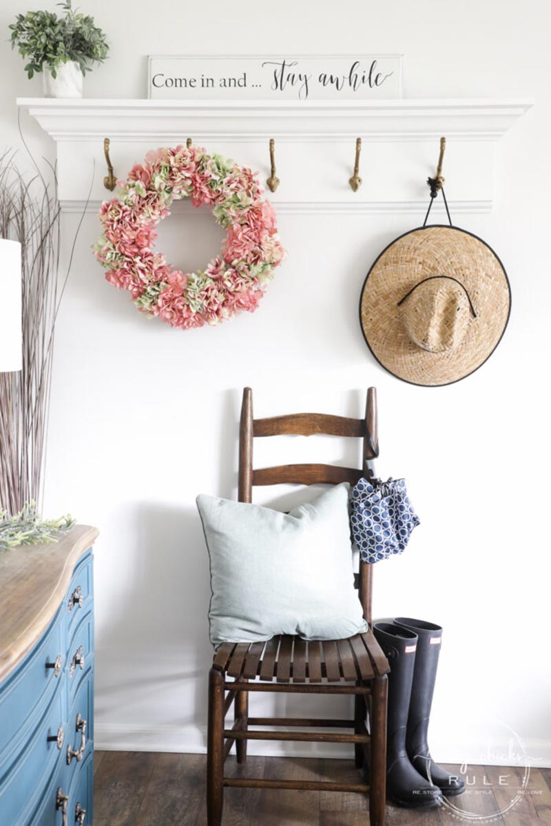 Charming and Chic Farmhouse Thrift Store Makeovers are going to Inspired you to create your own original diy project that will