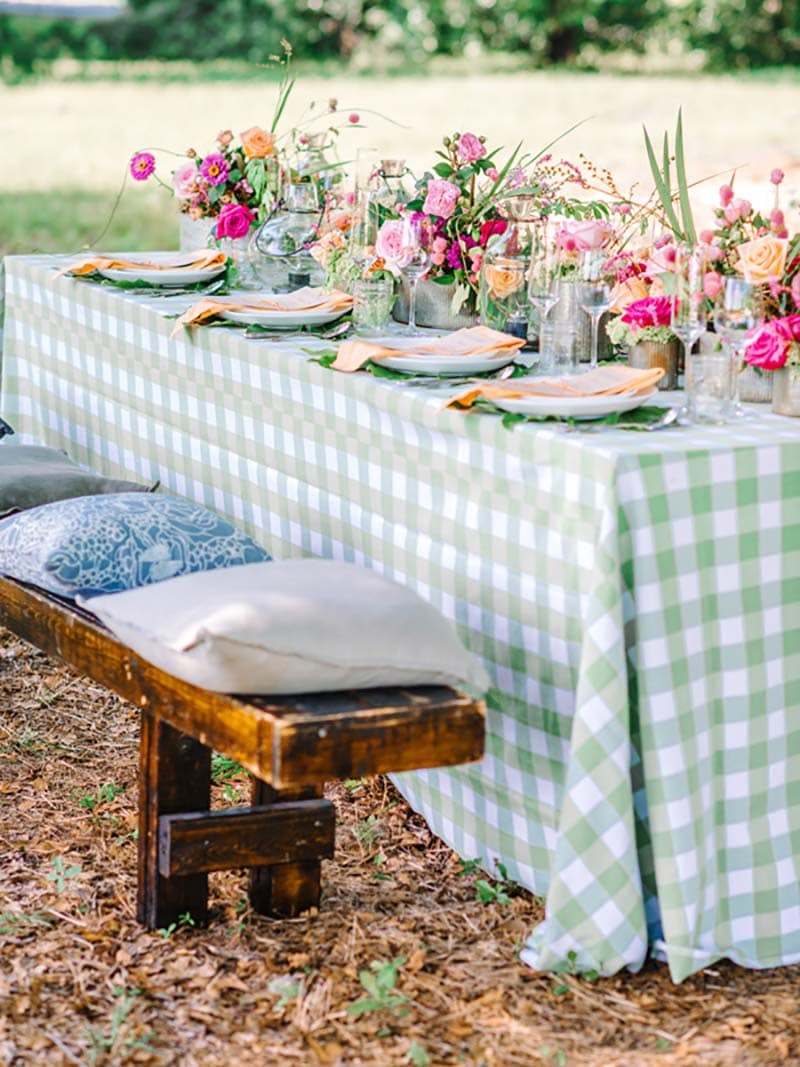 These Fabulous Sprint Time Farmhouse Tablescape Ideas will help you come up with the perfect look for your own space. Start with basics... shop your home and be inspired!