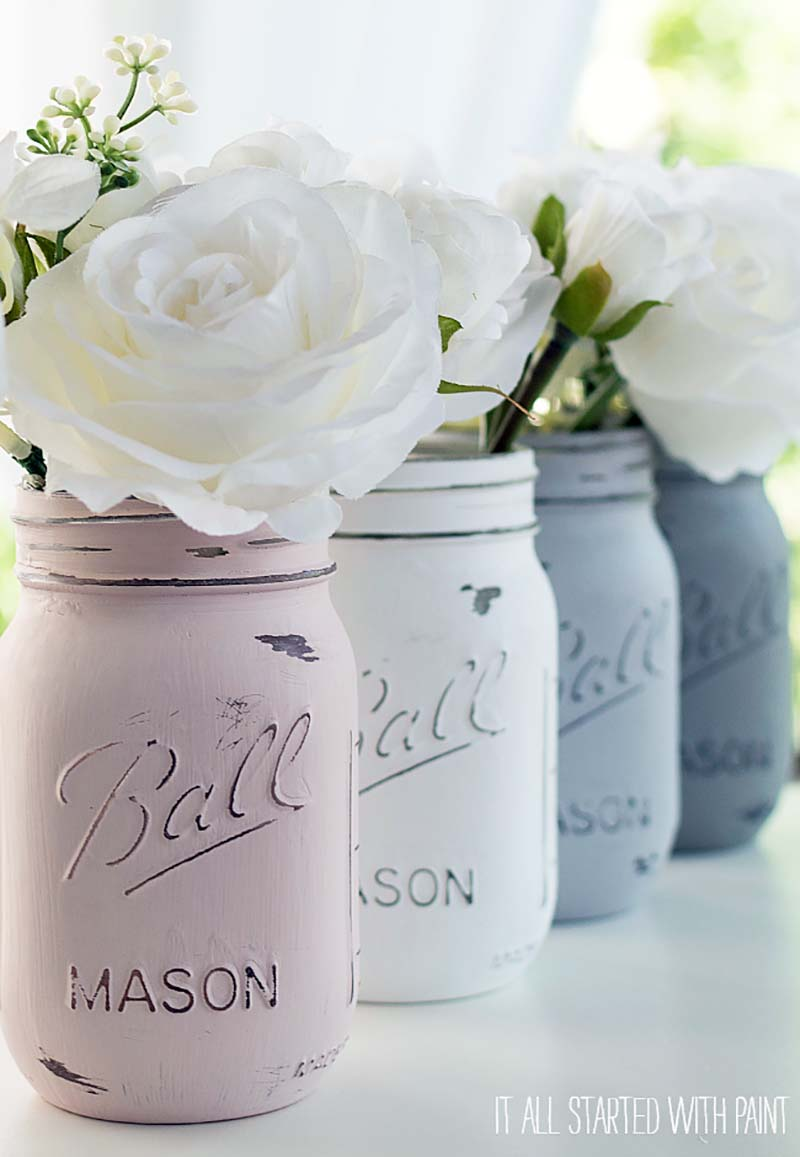 Come and enjoy The Best Farmhouse DIY Mason Jar Projects that will freshen your home in an instant.