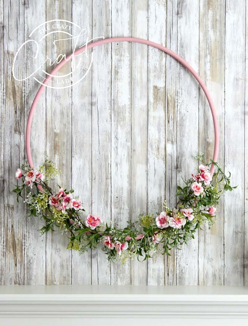 These DIY Summer Wreaths will add Freshness and Fun to any space in your home including the place of honor… on your front door. Come and find one that is perfect for you!