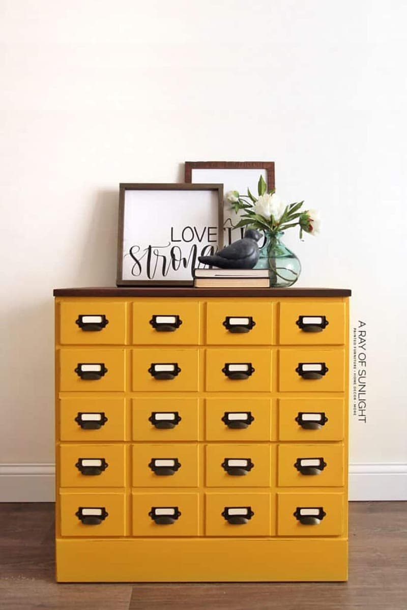 These Amazing Farmhouse Faux Card Catalog Makeover DIYs are so incredible… they look like the real thing only they don't carry that heavy price tag!