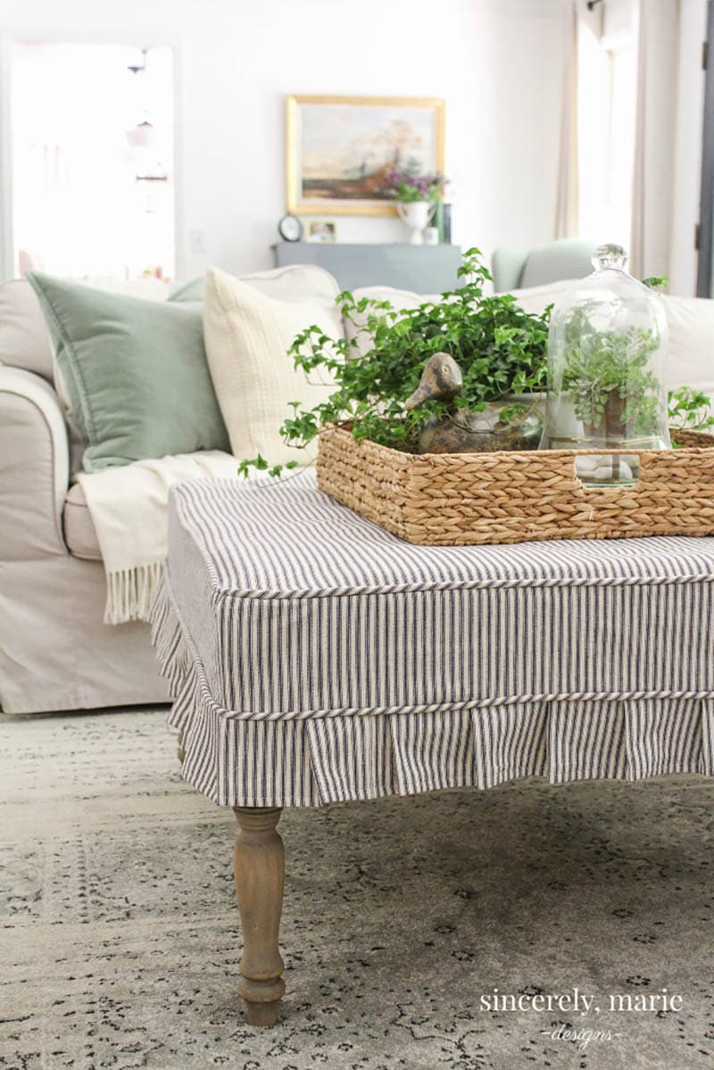 These Fabulous French Inspired Home Decor Ideas and DIYS will totally inspire you to create the perfect space or accessory for your home.