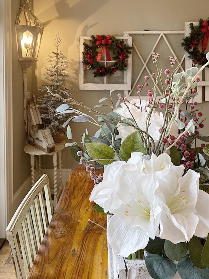 Fabulous and Fresh Farmhouse DIYS and Ideas (Many with a Holiday Twist) ...are waiting to inspire you to create. All the newest projects in the Farmhouse World all in one place to enjoy!