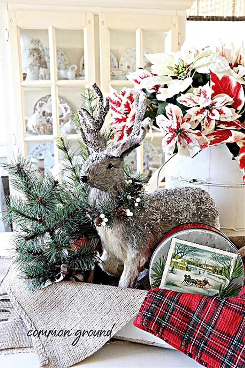 Fabulous and Fresh Farmhouse DIYS and Ideas (Many with a Holiday Twist) …are waiting to inspire you to create. All the newest projects in the Farmhouse World all in one place to enjoy!