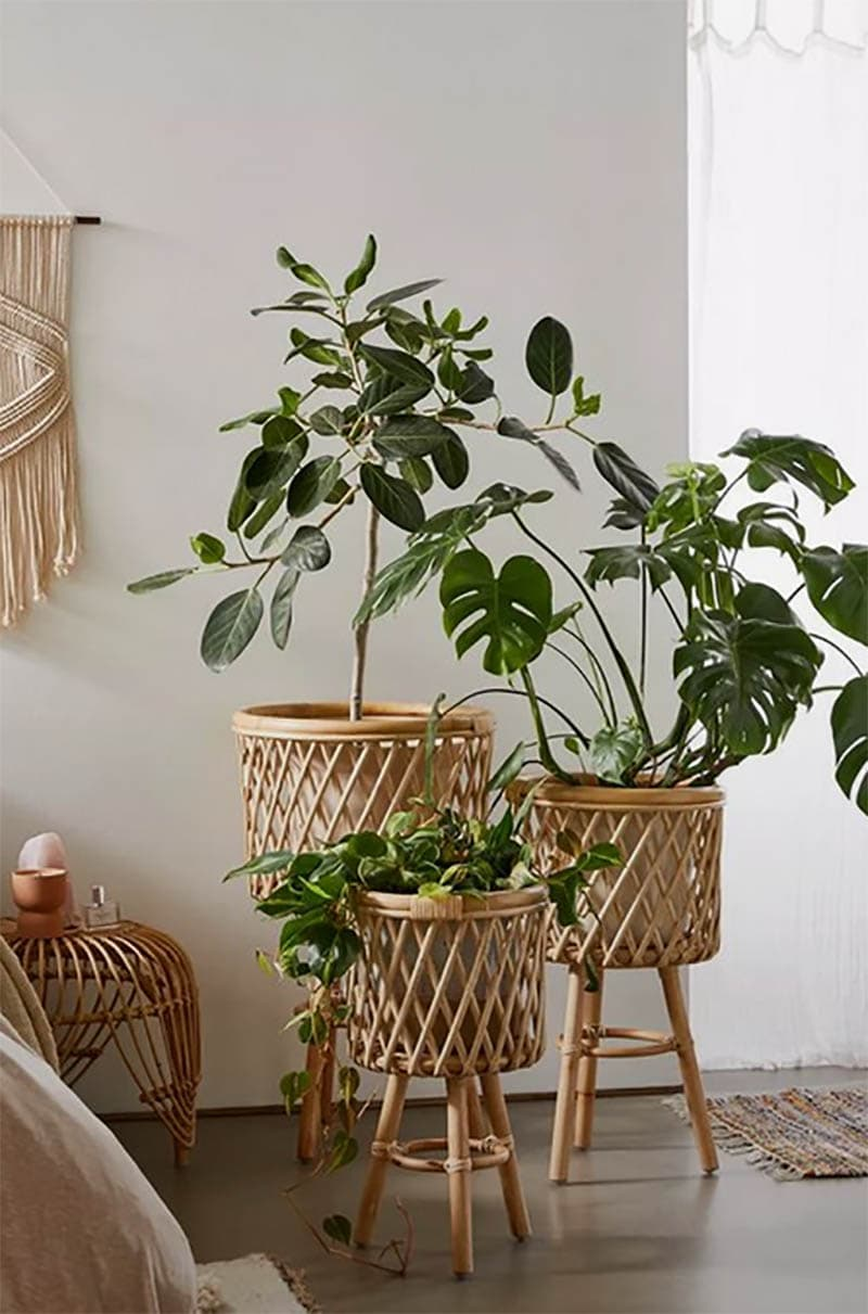 These New 2021 Home Decor Trends will totally inspire you.  They are fresh… fun… budget friendly and are easily adapted into many different Home Decor Styles!