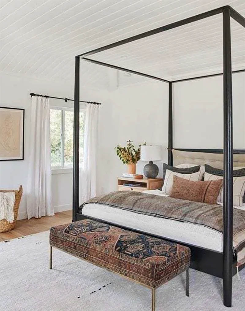 These Quick and Easy Budget Friendly Farmhouse Bedroom Updates could be just what you needed to bring a little extra cheer and charm to your space.