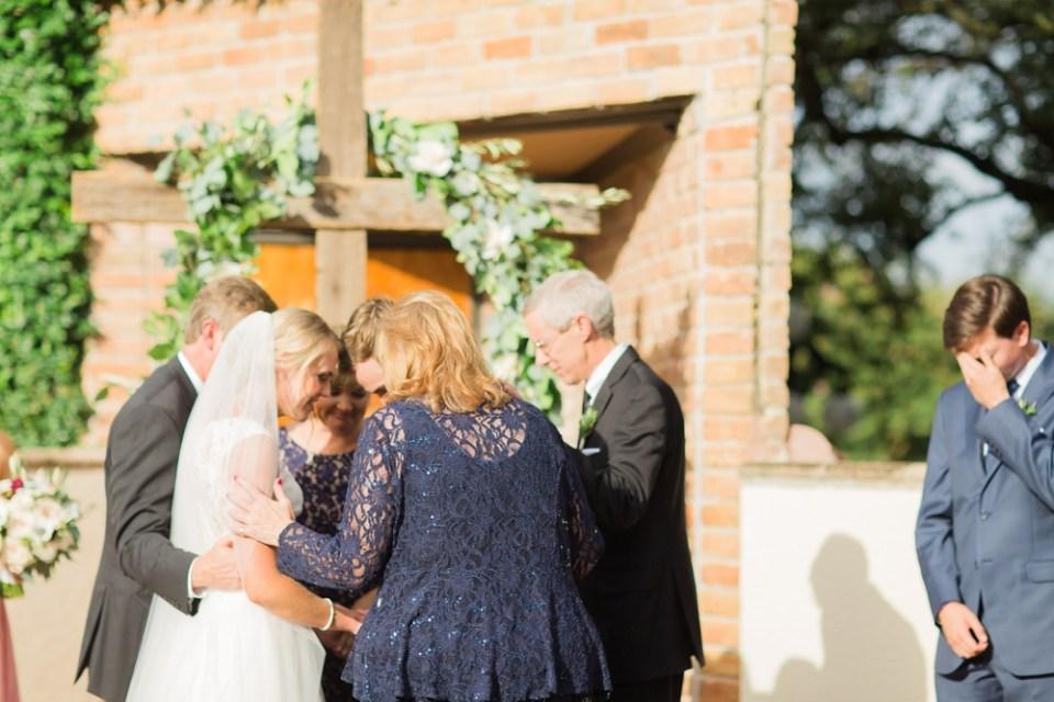 outdoor-christian-ceremony-houston-wedding-photographer_0058
