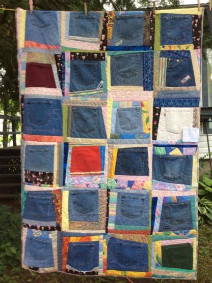 Great denim quilt!