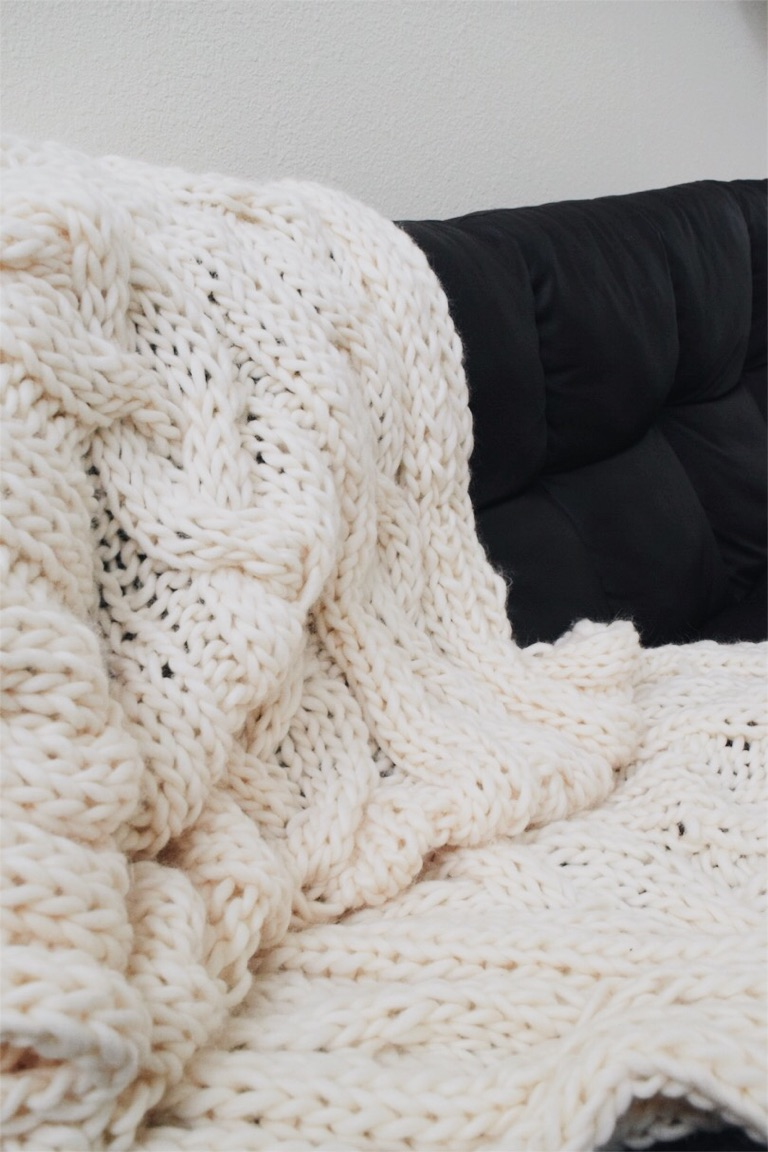 Big Cozy Throw Free Knitting Pattern The Cozie