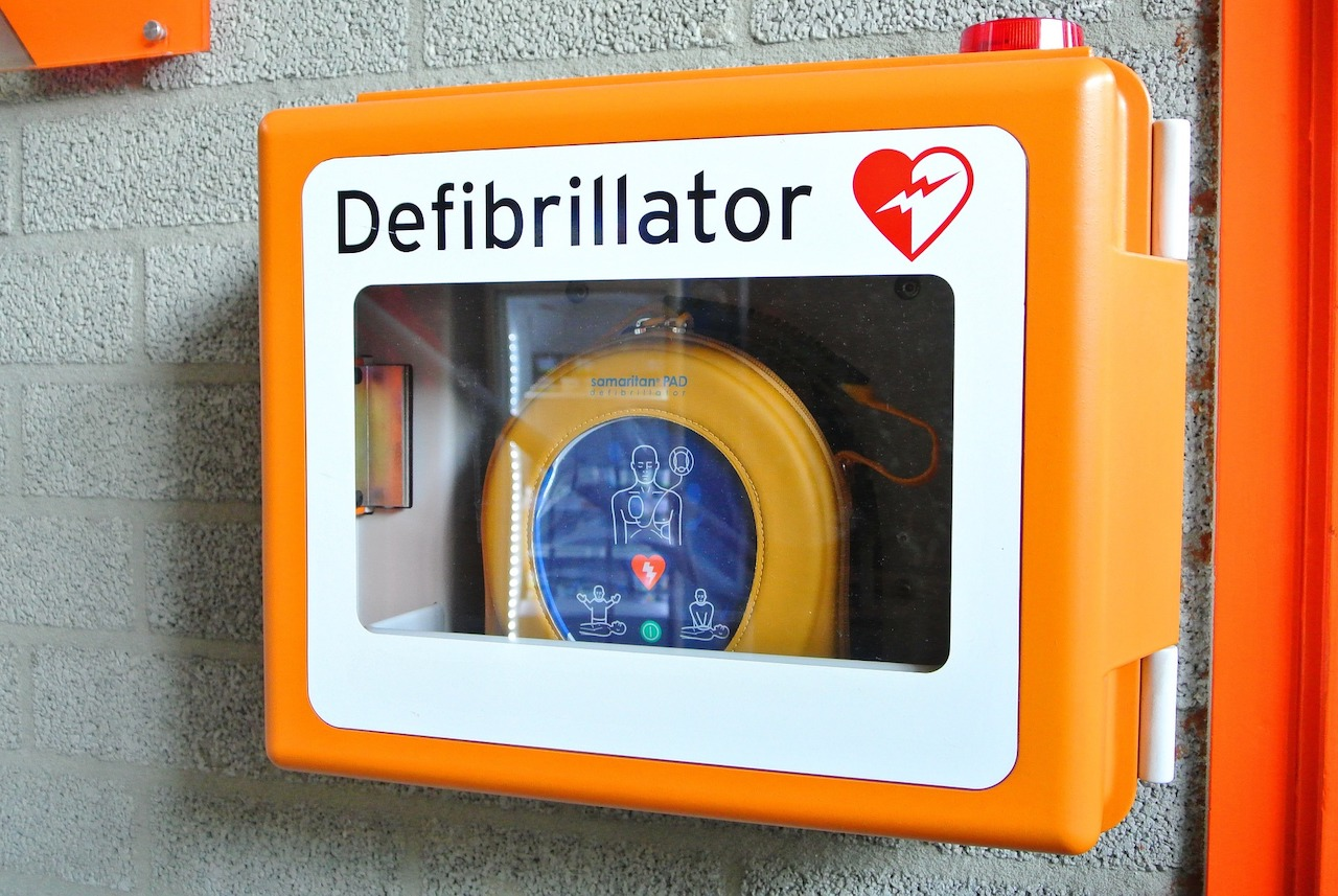 Defibrillator and AED CPR first aid course
