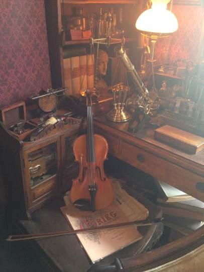 sherlocks-violin