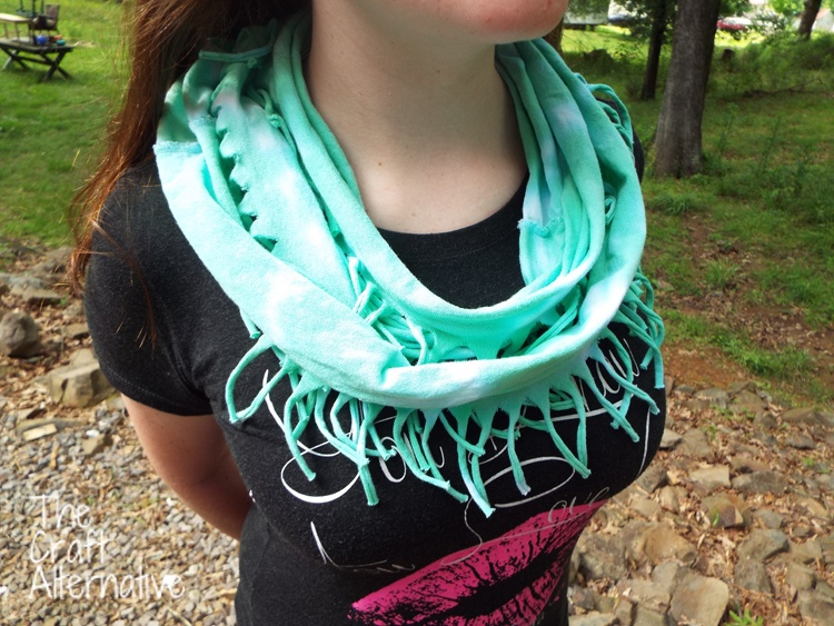 Make a T-Shirt Scarf_Completed