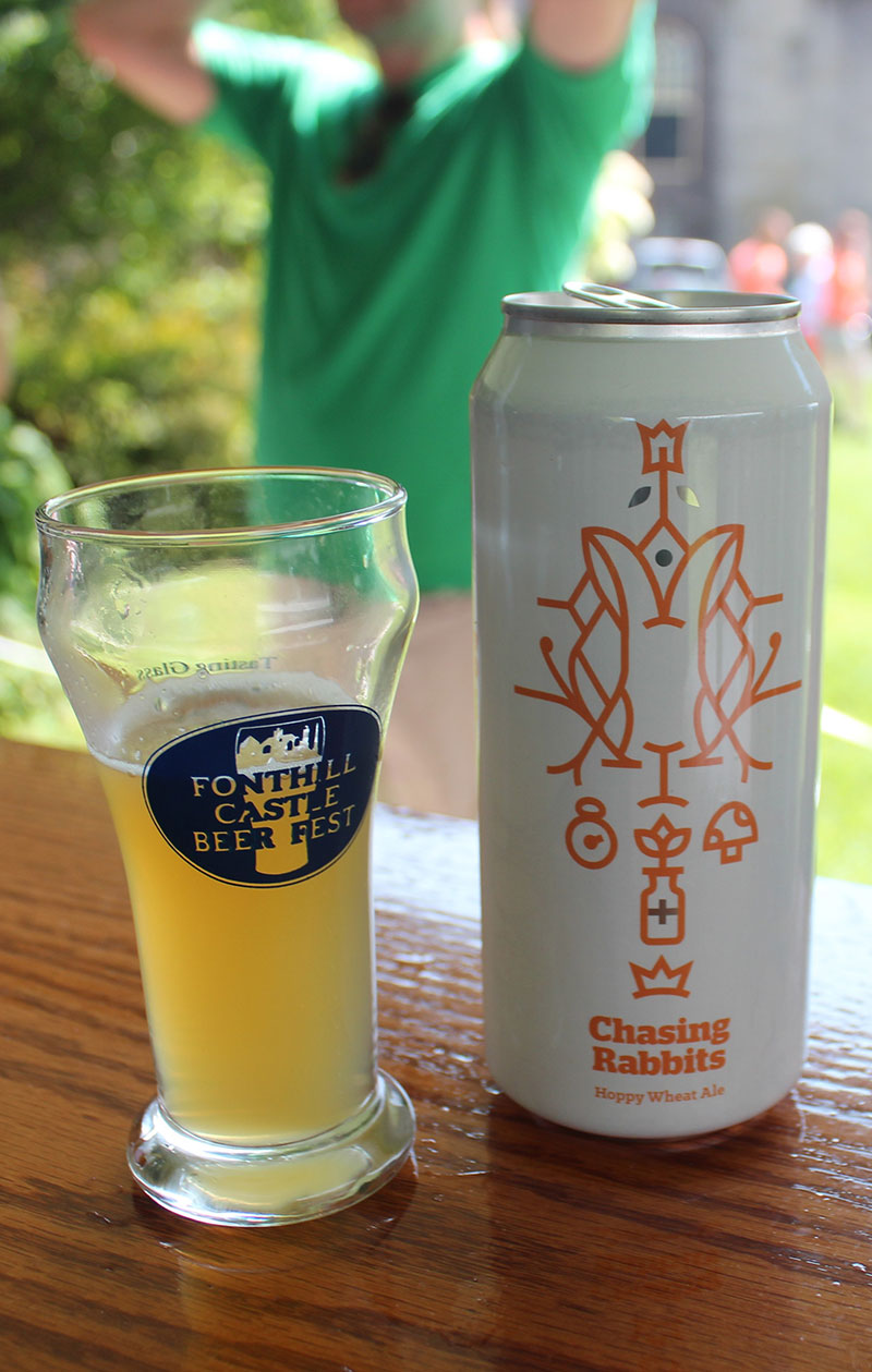 Heard great things about Burlington Beer Company, so when I came across Chasing Rabbits at the Fonthill Castle Beer Festival, I hopped at the chance. Click through for the full review.