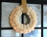 Wool-Pom-Pom-Wreath.s