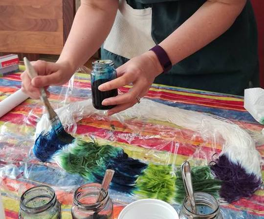 dyeing yarn by hand