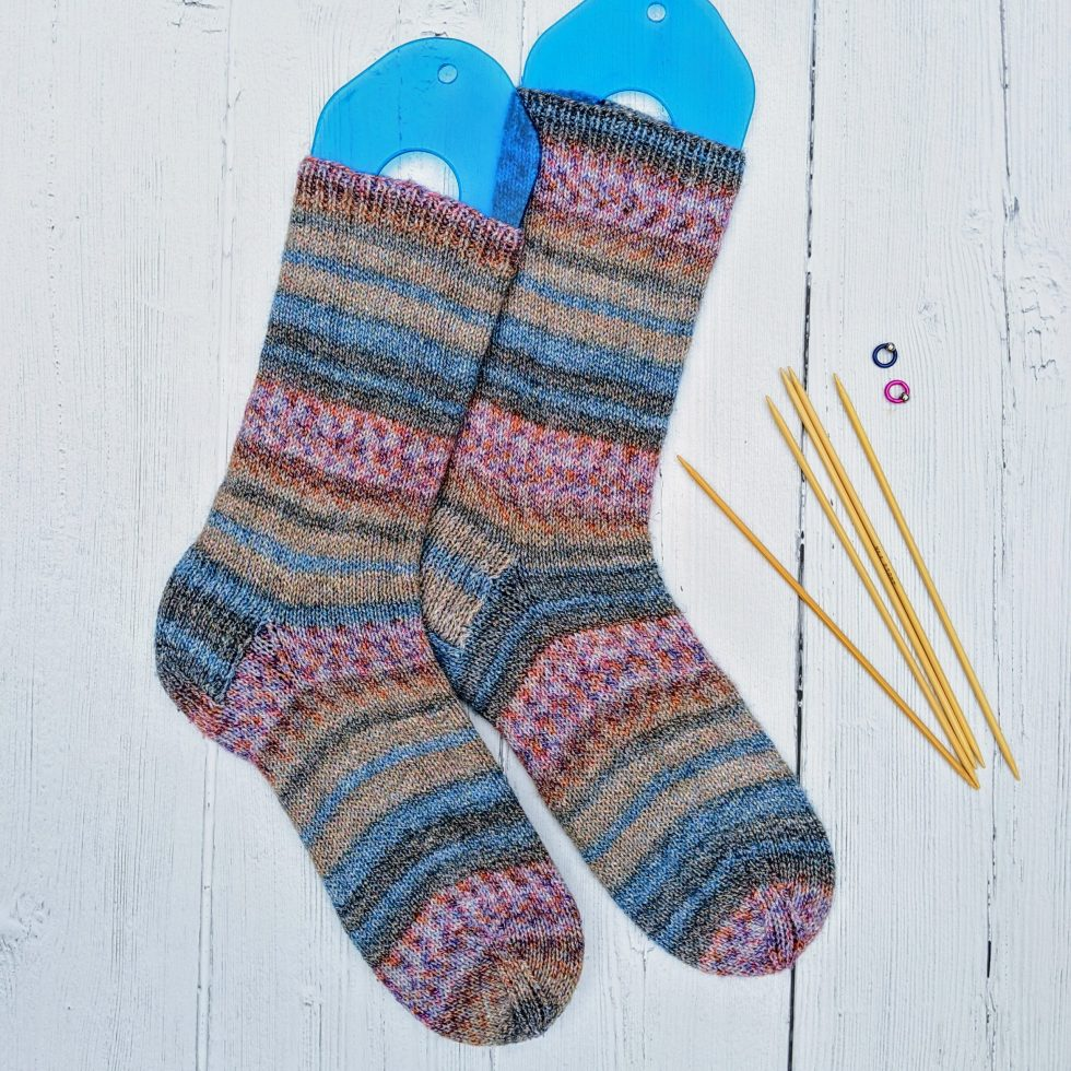 Knitted socks with dpns