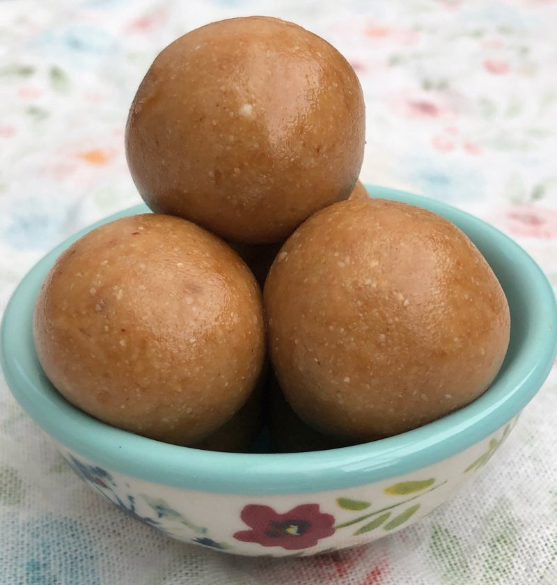 Sesame Peanut Balls