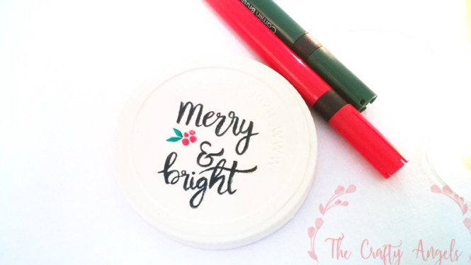 christmas crafts,DIY Jar Lid Christmas Ornaments, christmas tree ornament, DIY jar lid christmas ornament, DIY ornament, tree ornament, recycle ornament, calligraphy, brush calligraphy, handwritten christmas sentiments