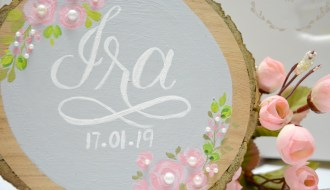 hand painted woodslice name board