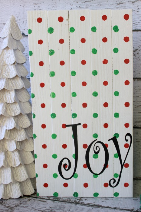 Joy Christmas Wood Sign1