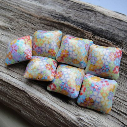 Shoogly Beads pillow pc beads