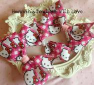 1. Hannahs Bowtique hello kitty bow clips