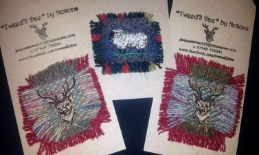Tweedll Dee by Notions brooches3