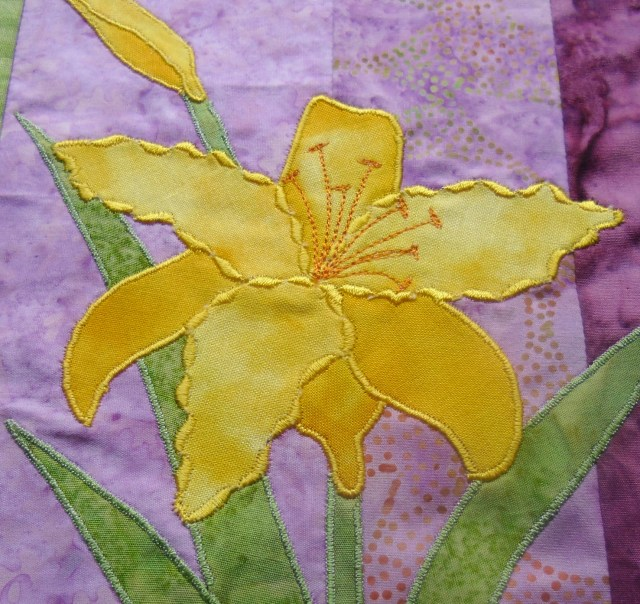 Sample of decorative stitch used for applique @ The Crafty Quilter