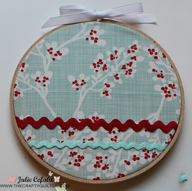 decorating w/ embroidery hoops