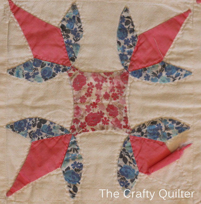 Antique Applique Block @ The Crafty Quilter