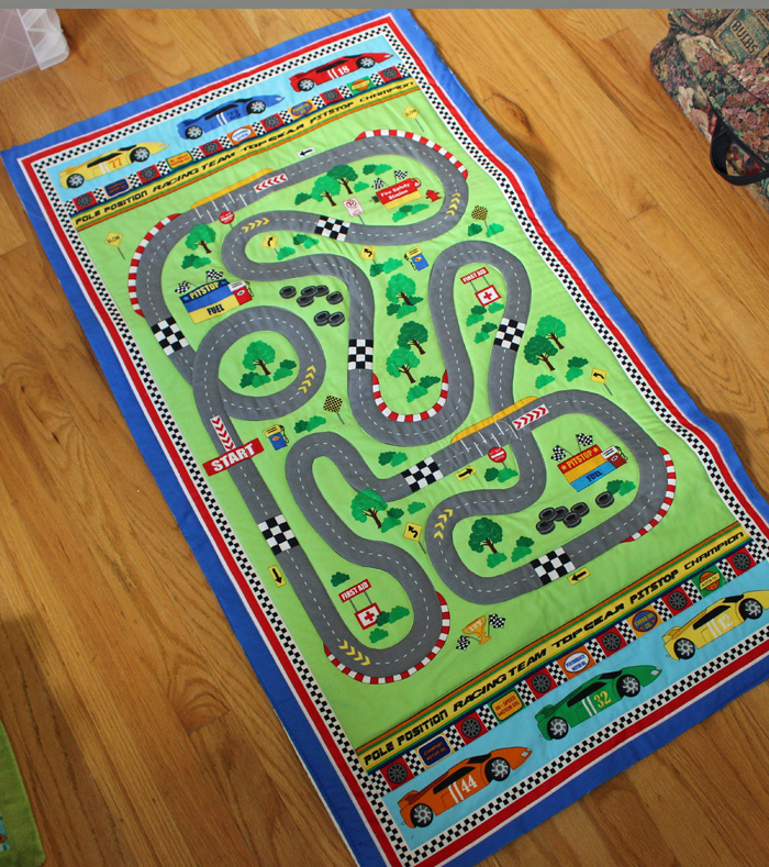 Race track quilt