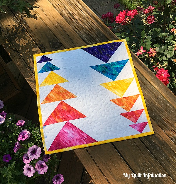 Sliding Geese Mini quilt by Kelly at My Quilt Infatuation for Sew In Love with Fabric Summer Mini blog hop