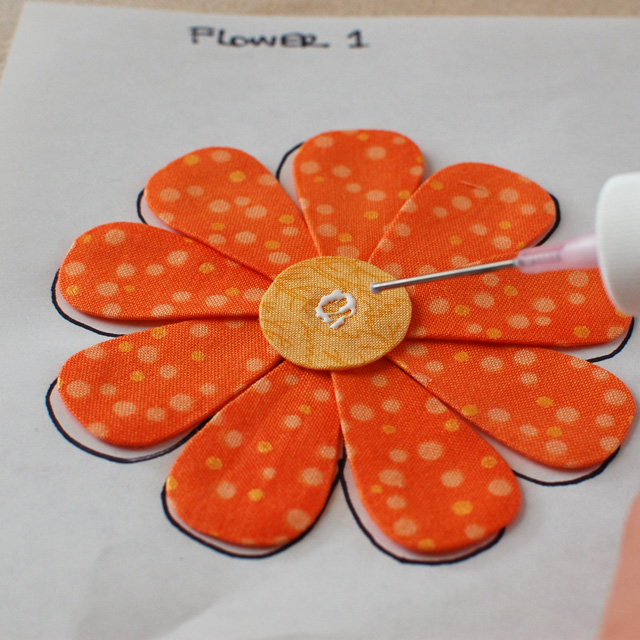 A Roundup of Turned Edge Applique Techniques @ The Crafty Quilter