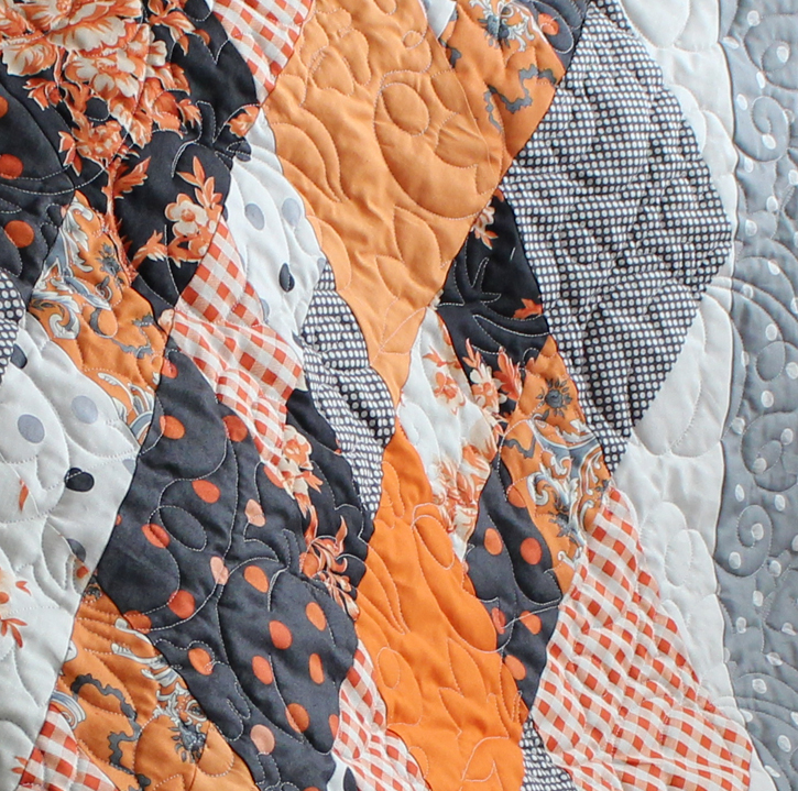 An elegant Halloween quilt , The Crafty Quilter